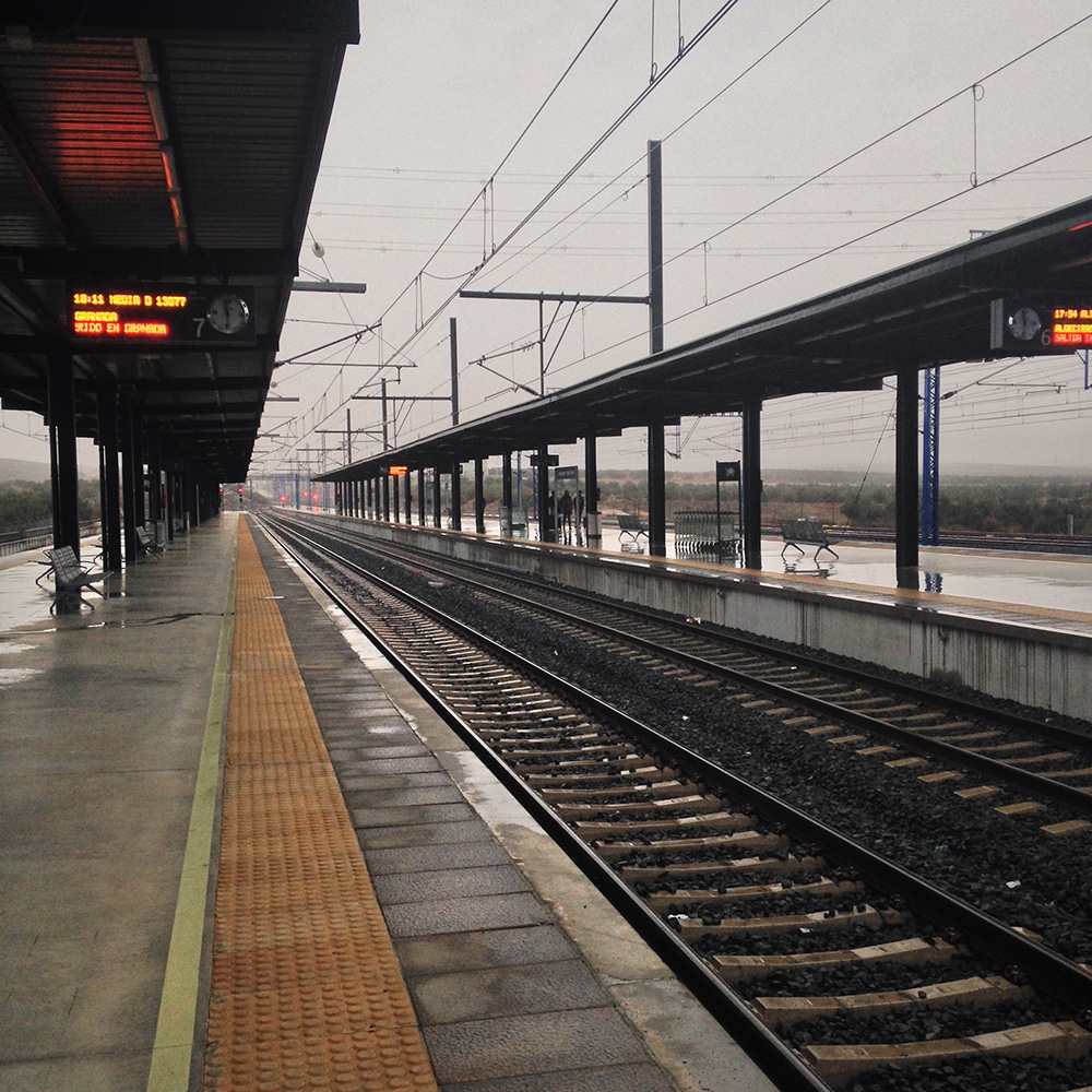 04-train-station-middle of nowhere-spain
